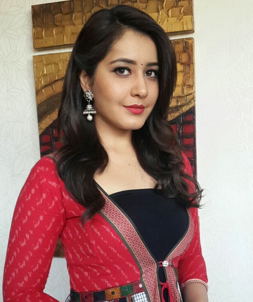 Rashi Khanna 2016 Beautiful Photos In Red Color Dress