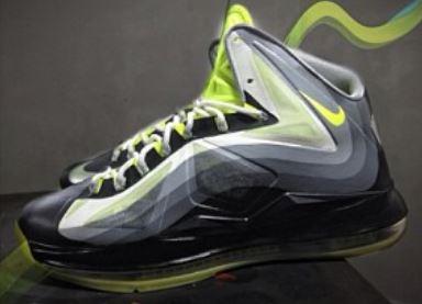 c3b5bd4aeffd Nike Lebron 10