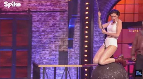 Anne Hathaway Does Miley Cyrus' Wrecking Ball