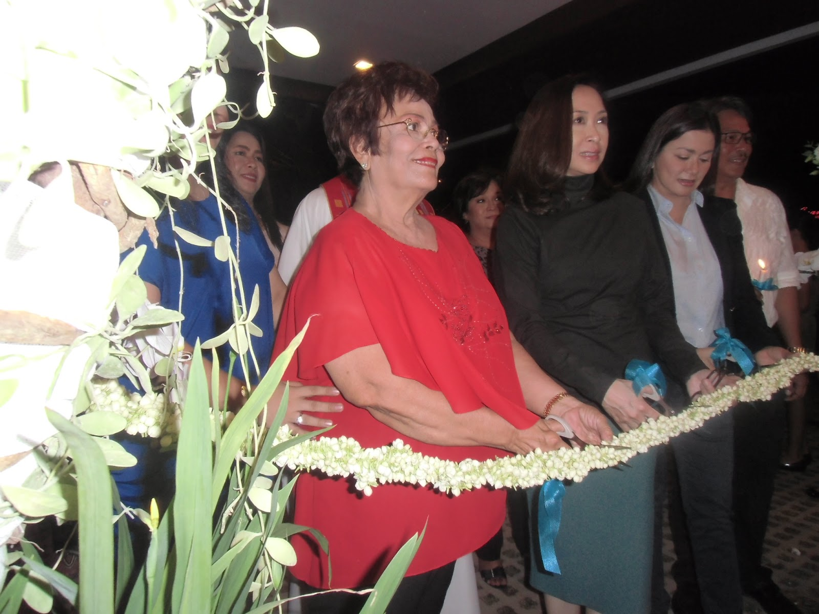 Dina Bonnevie And Vice Gov Dv Opens Victorinos Restaurant Jus Mangga By Sabrina Casava Ui The Activity Room Will Feature Ilocano Painters Artists From Time To Were Art Enthusiasts Can Come See Their Works