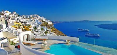 Fira en Santorini, viajes y turismo