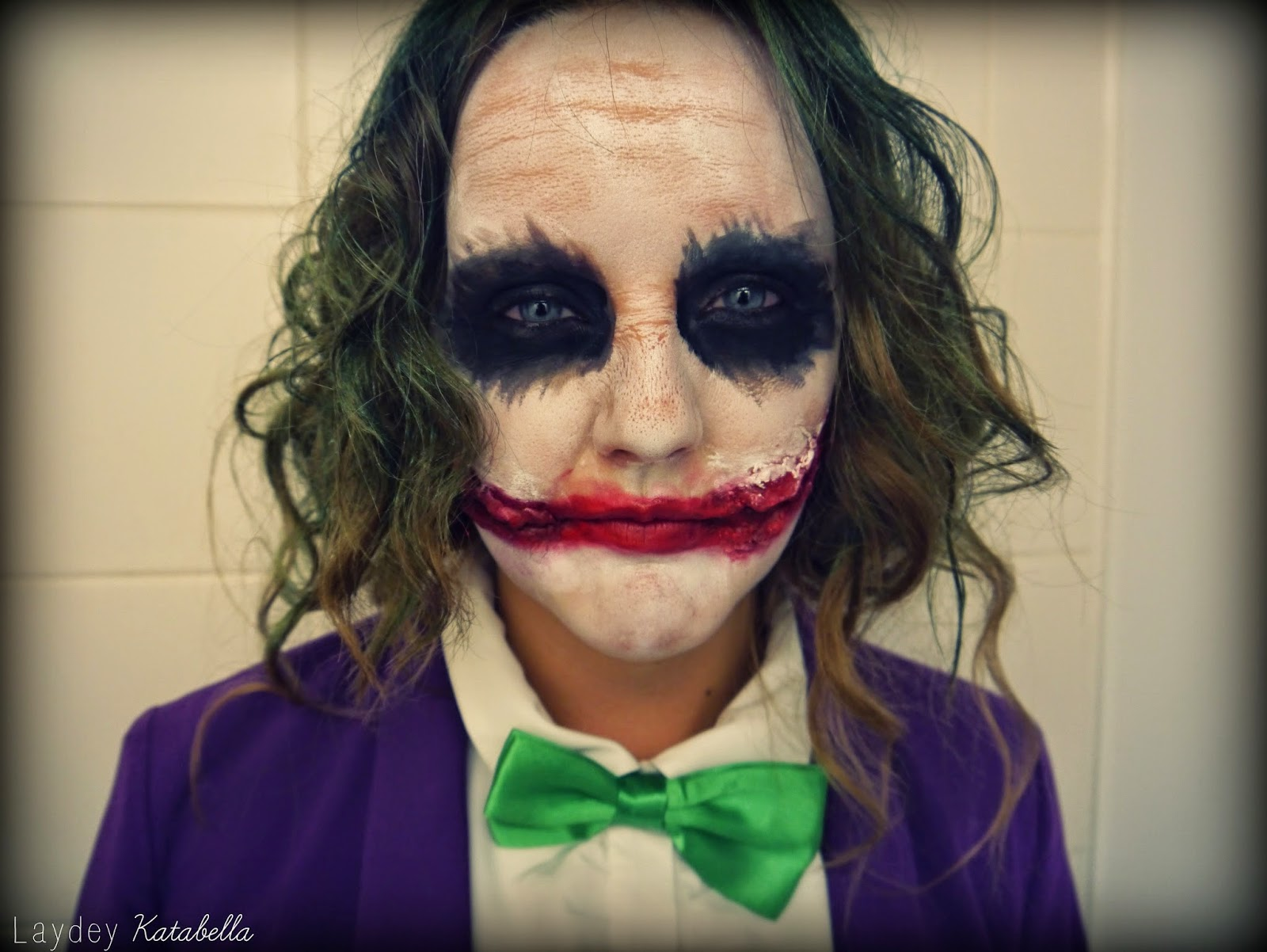 how to do the joker makeup