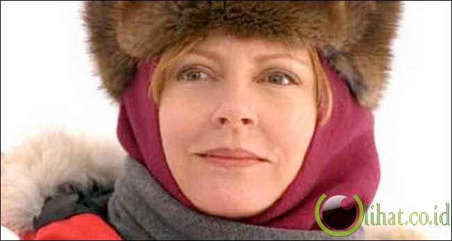 Dr Jerri Nielsen,Born 1952...Biopsi tumor payudara kanan