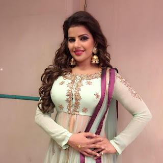 gergous New Bhojpuri actress Pic , charming New Bhojpuri actress Pic