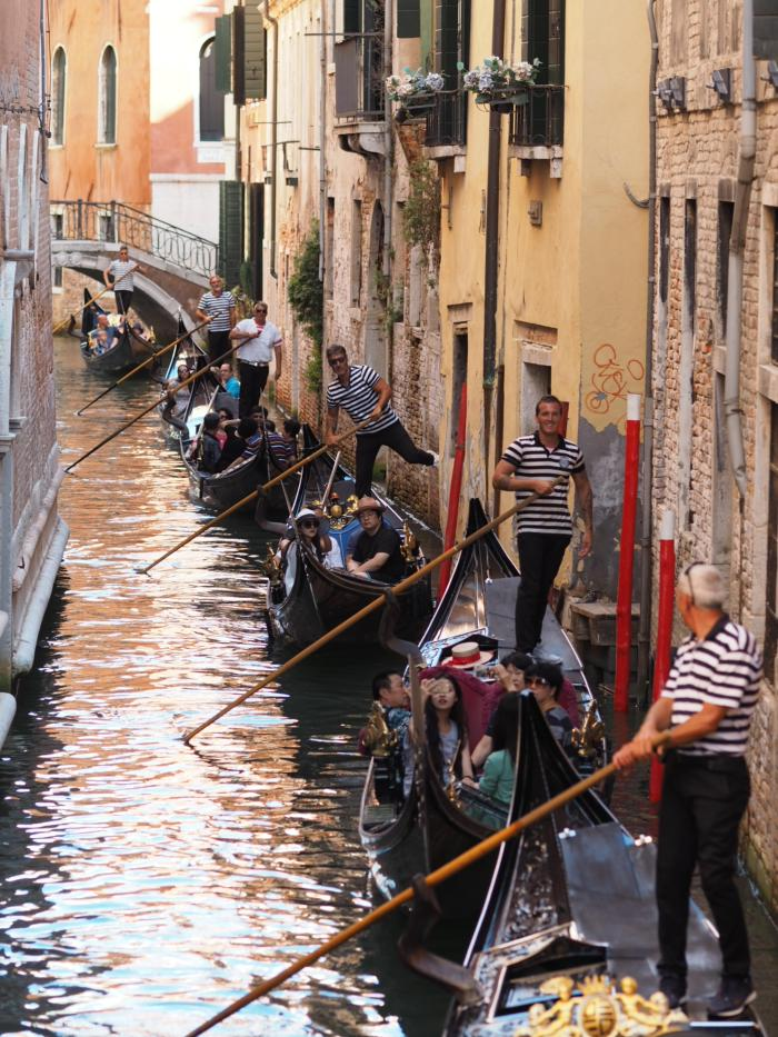 Венеція, гондоли