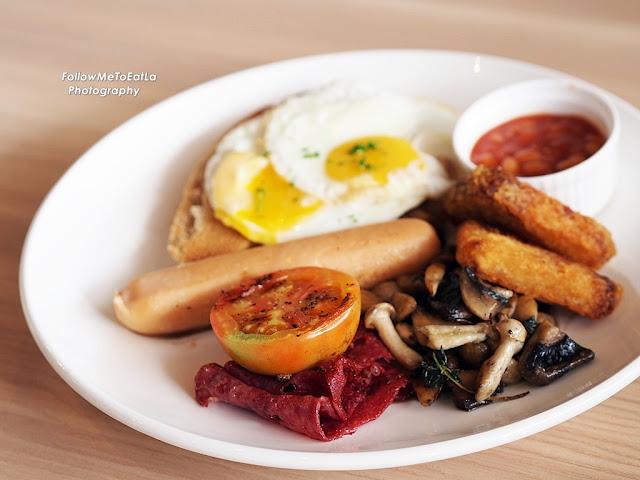 Ambassador's Big Breakfast  RM 28