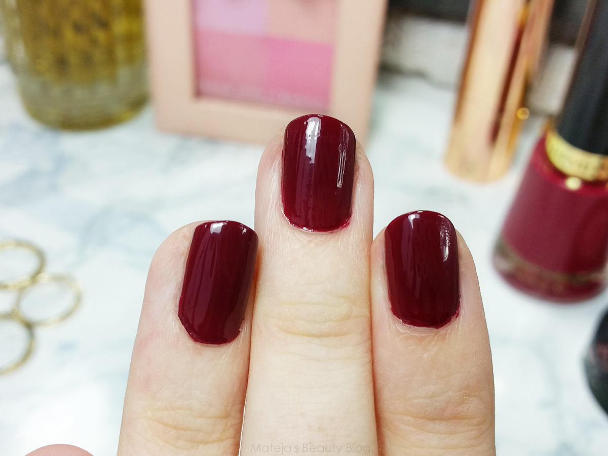 Revlon Nail Polish Bewitching | Mateja\'s Beauty Blog | Bloglovin\'