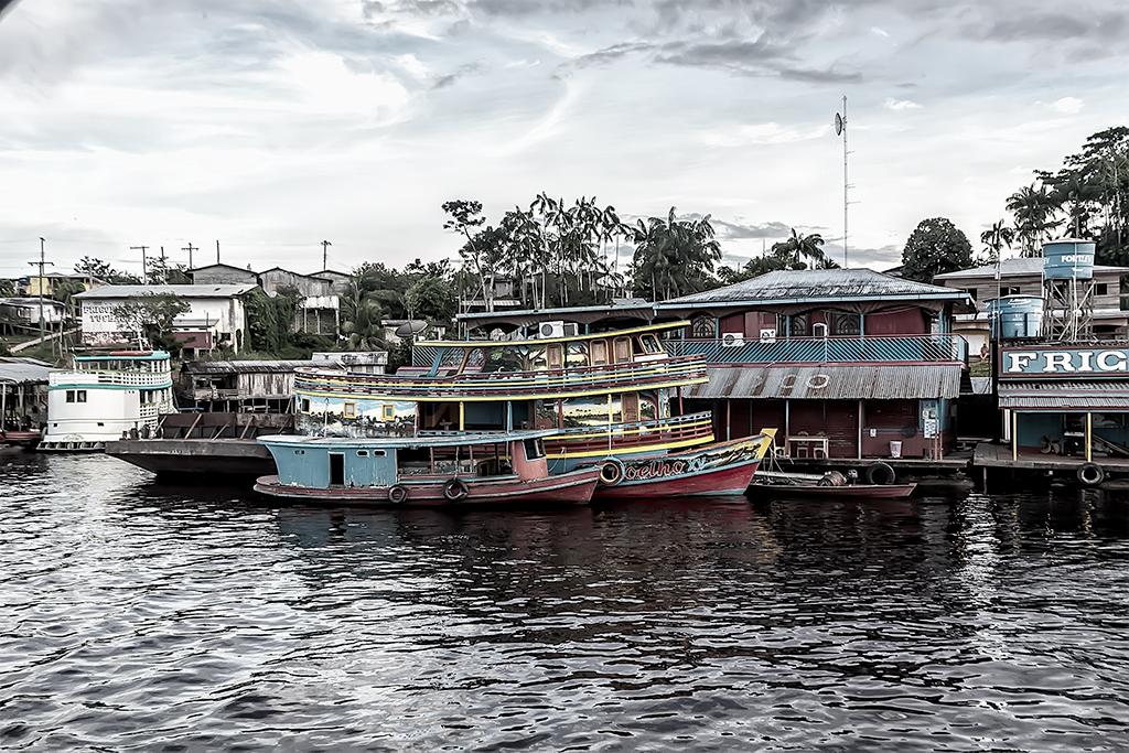 barcos rio Amazonas