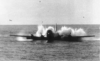 http://historicaltimes.tumblr.com/post/151935360918/boing-377-stratocruiser-pan-american-flight-943#disqus_thread