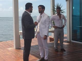 Adrián (Osvaldo Benavides) se enfrenta a su suegro, el poderoso Gonzalo Murat (Arturo Peniche)