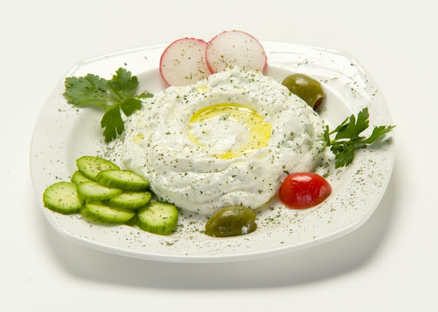 Refreshing Labneh Recipe With Garlic and Herbs Refreshing Labneh Recipe With Garlic and Herbs Recipe