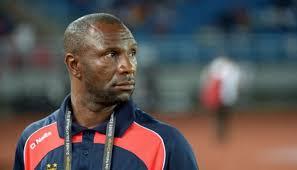 """مدرب منتخب الكونغو """"صلاح وتريزيجيه"""" من أخطر لاعبي المنتخب المصري"""