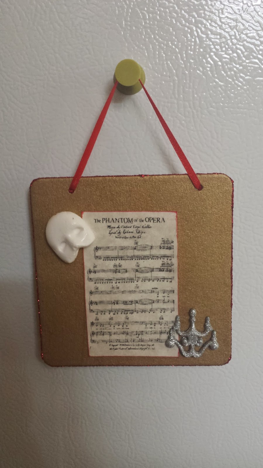 DIY: Mini hanging plaque - Phantom of the Opera Themed