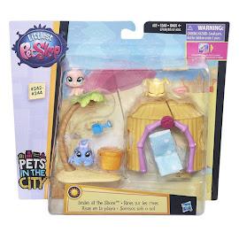Littlest Pet Shop 3-pack Scenery Hattie Hively (#243) Pet
