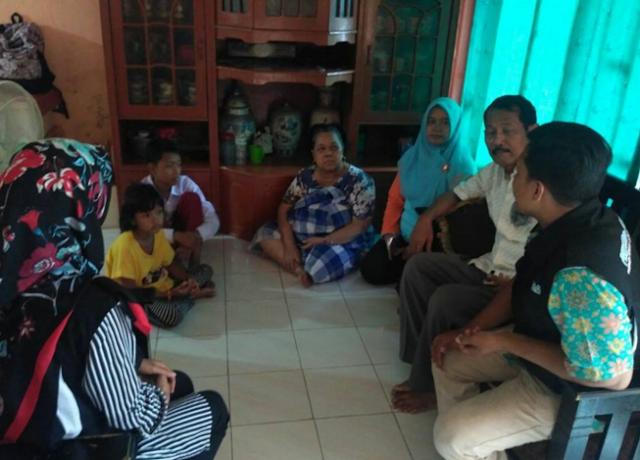 "INGAT Adit, Bocah Penjual Es Keliling yang Kisah Pilunya Viral? Kini, Fakta ""Mengenaskan"" Diungkap oleh Dinas Sosial DKI Jakarta!"