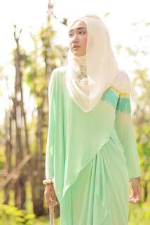 Contoh Desain Baju Muslim Dian Pelangi