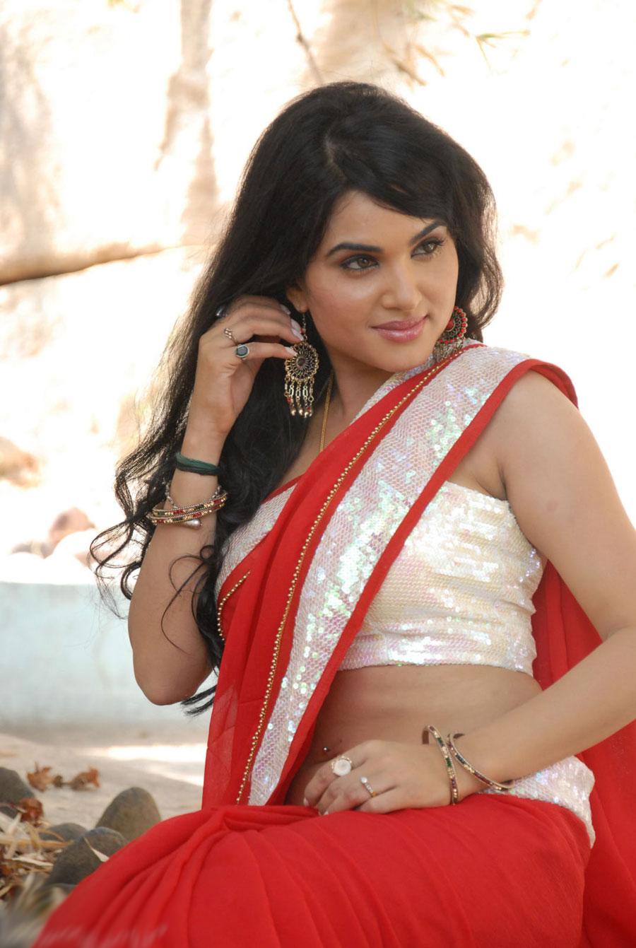 Kavya Singh Hot Videos Actress Kavya S...