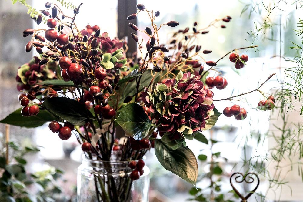 Kirkkonummen Kukka, Kataikko, valokuvauskurssi, Kirkkonummi, Visualaddict, Frida Steiner, valokuvaaja, kukka, kukat, viherkasvit, kukkakimppu, valokuvaus, Frida S Visuals