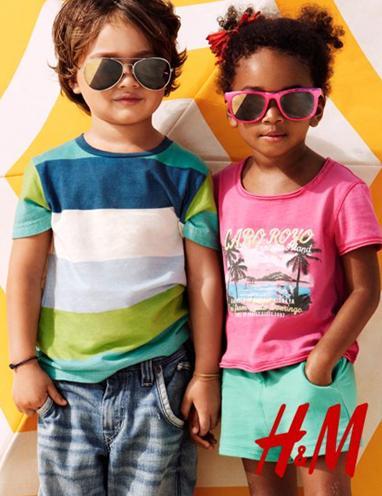570f611a8 La moda baño de niños H M para ir a la playa o a la piscina este verano  2011 es cómoda y de colores divertidos. En la ropa de los niños la  comodidad ...
