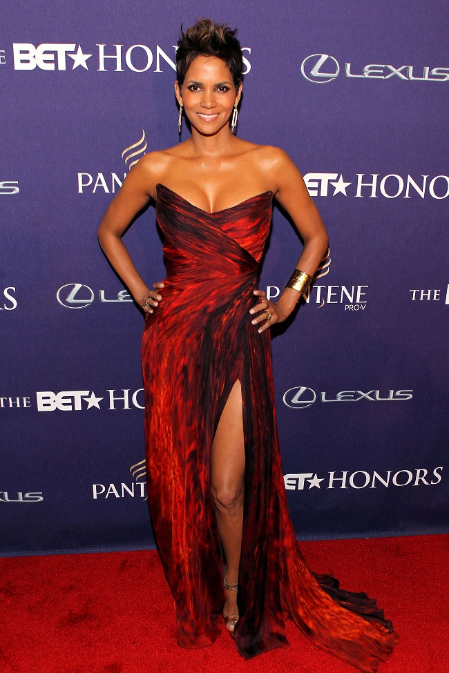 Halle Berry Flaunts A Strapless Red And Black Gown With A