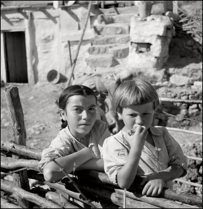 Крымскотатарские дети, 1943 год