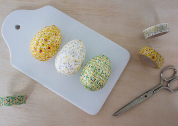 Easy Washi Tape Easter Eggs