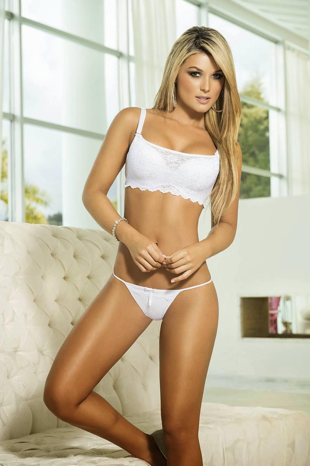 Anita benavides naked