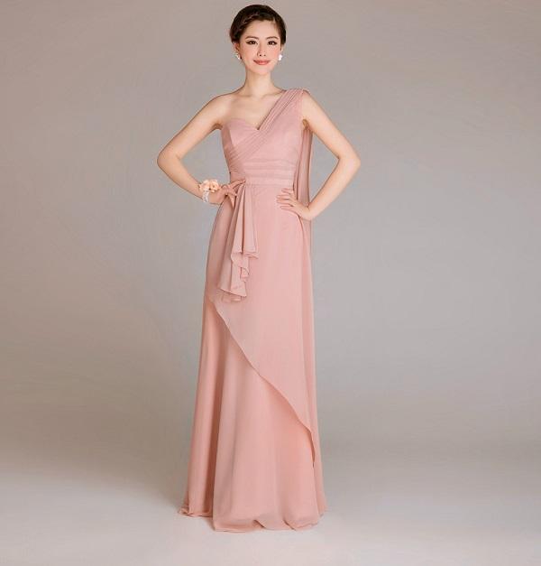 Tư vấn chọn váy đầm dạ hội cho người thấp