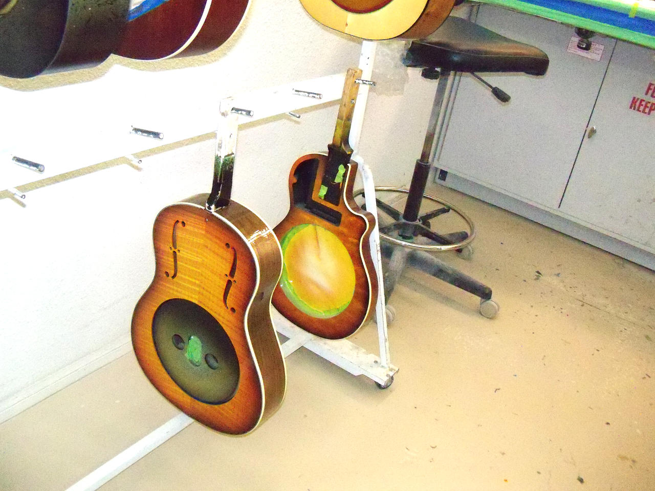 Ge Sound Phonic A Guitar Factory From The Beach View Touring