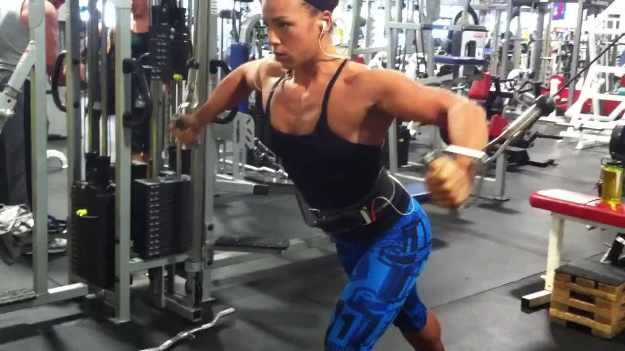 Vücut Geliştirme: Bacak Egzersizlerinin Büyümeye Etkisi