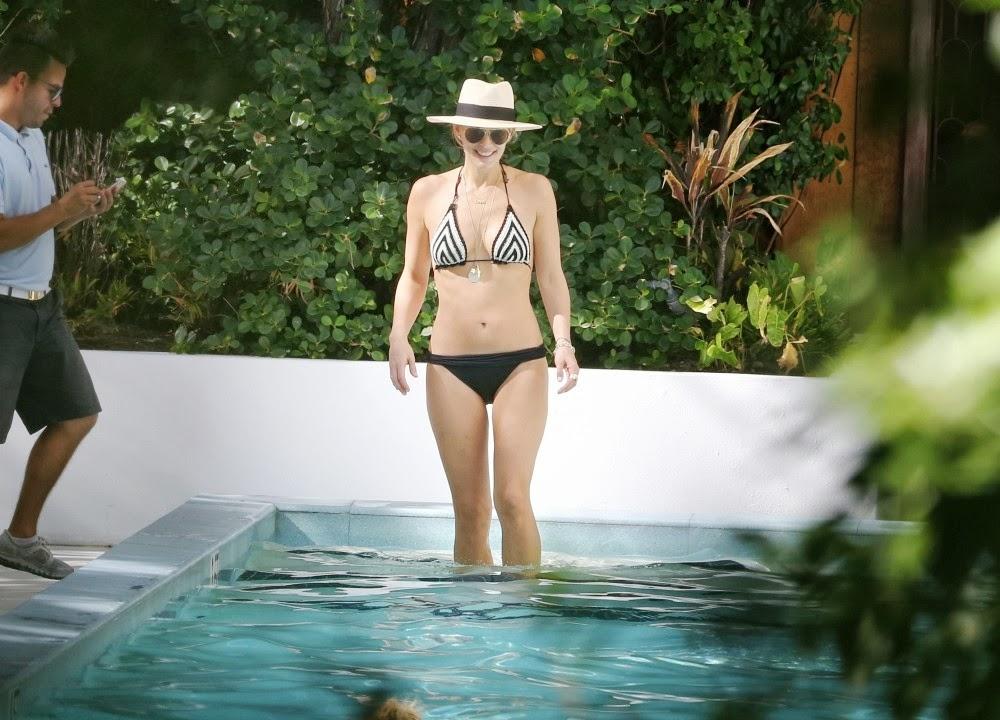 molly sims swimsuit edition diamond bikini photo