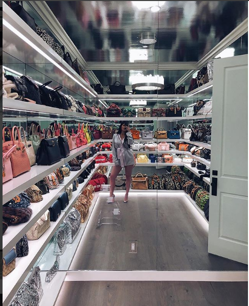 Kylie Jenner Flaunts Her Luxurious Designers Bags Collection