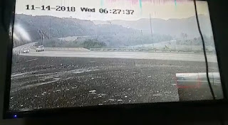 شاهد بالفيديو لحظة تصادم مركبتان نتج عنها اصابة طالبتين بالعيدابي