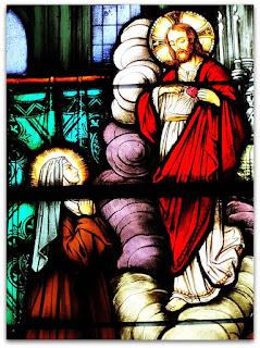 Vitral com Maria e Jesus - Igreja Matriz de Nova Bréscia (RS)