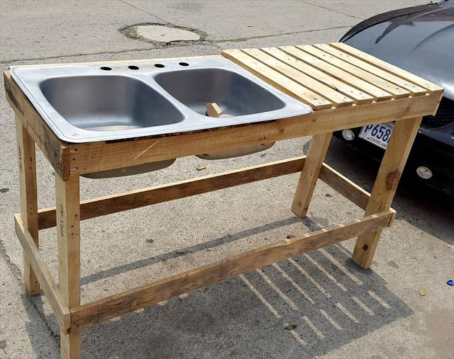 35%2BGenius%2BDIY%2BWood%2BPallet%2BFurniture%2BDesigns%2B%252827%2529 35 Genius DIY Easy Wood Pallet Furniture Designs Ideas Interior