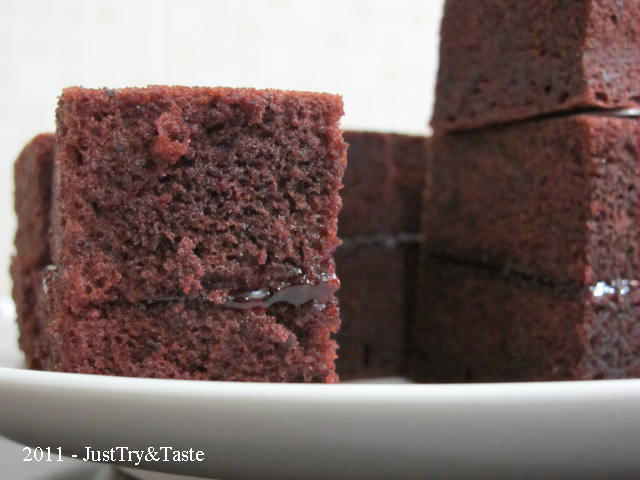 Resep Cake Coklat Kukus Lapis Selai Strawberry