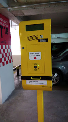 Starling Mall Premier parking entrance