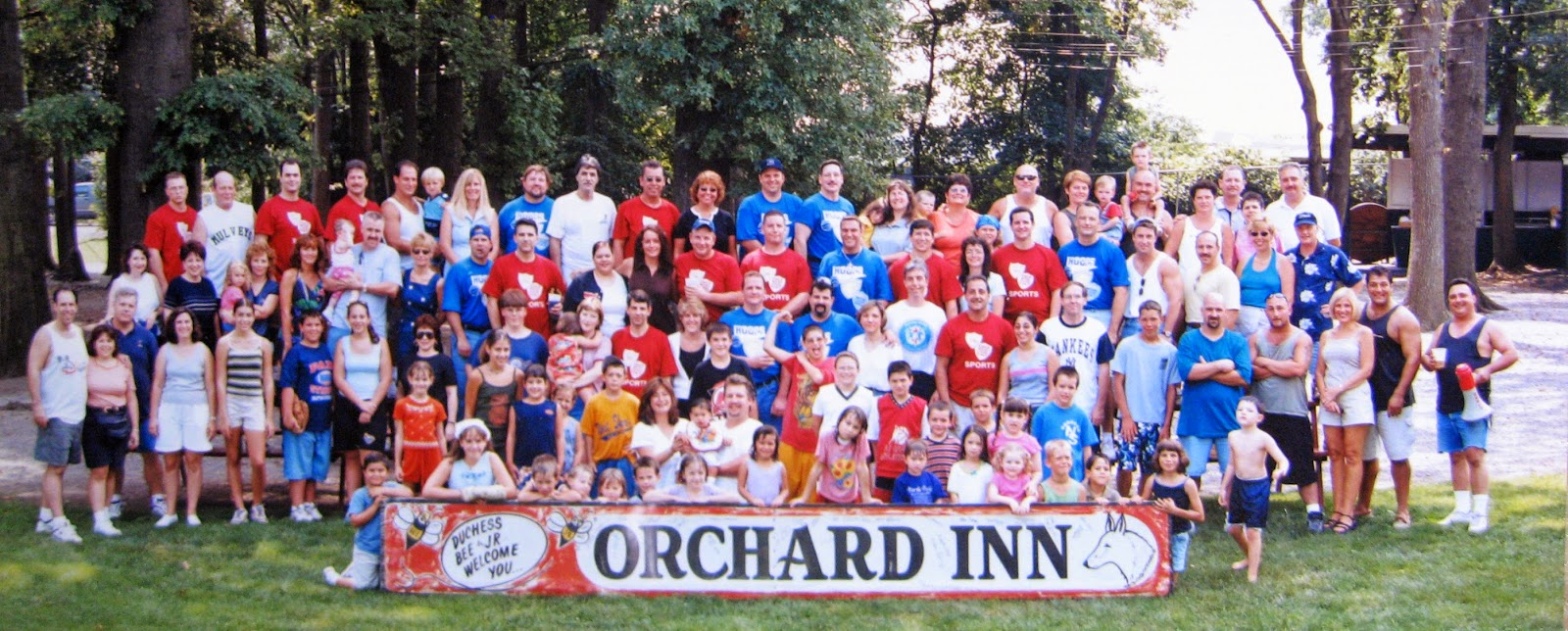 First Orchard Inn Picnic & sign 2000 at Nansen's Lodge