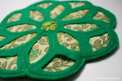 Green Vintage Trivet | DIY Coasters by CustodiansofBeauty.blogspot.com