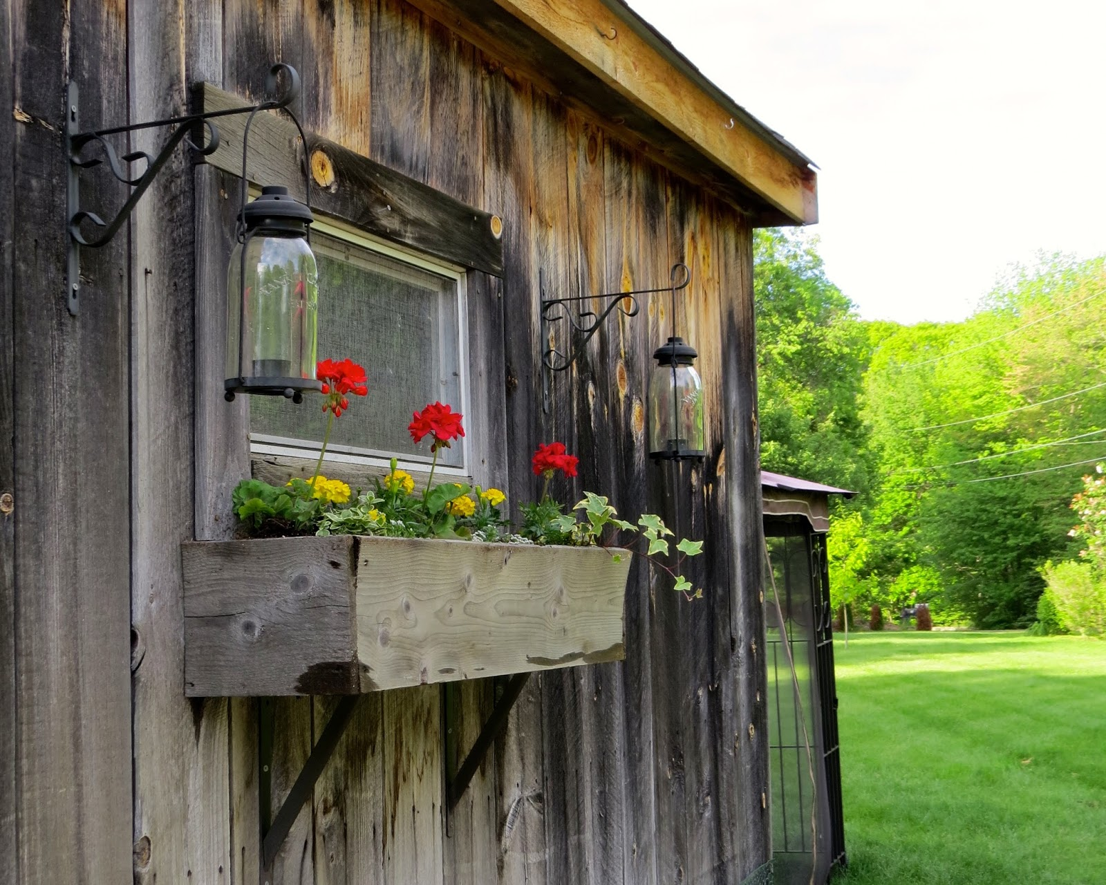 The Long Awaited Home: Our Great Big Summertime Yard Tour