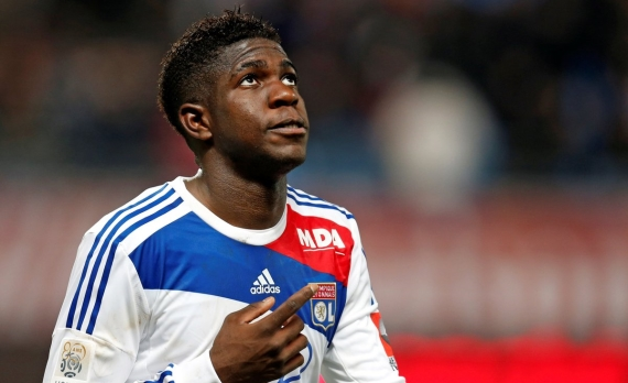 Barcelona are close to sealing the transfer of Samuel Umtiti from Lyon.