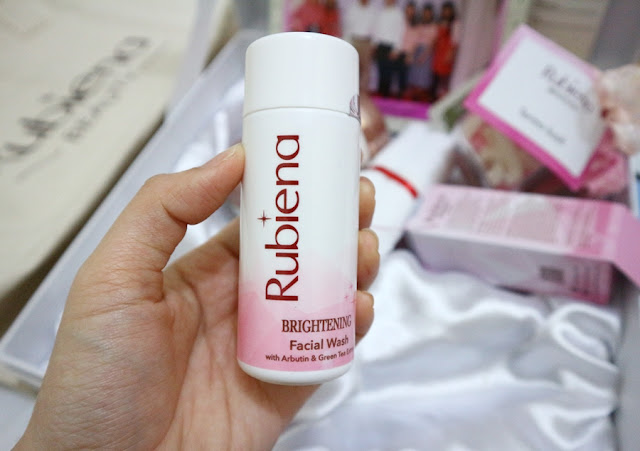 Rubiena Brightening Series Facial Wash