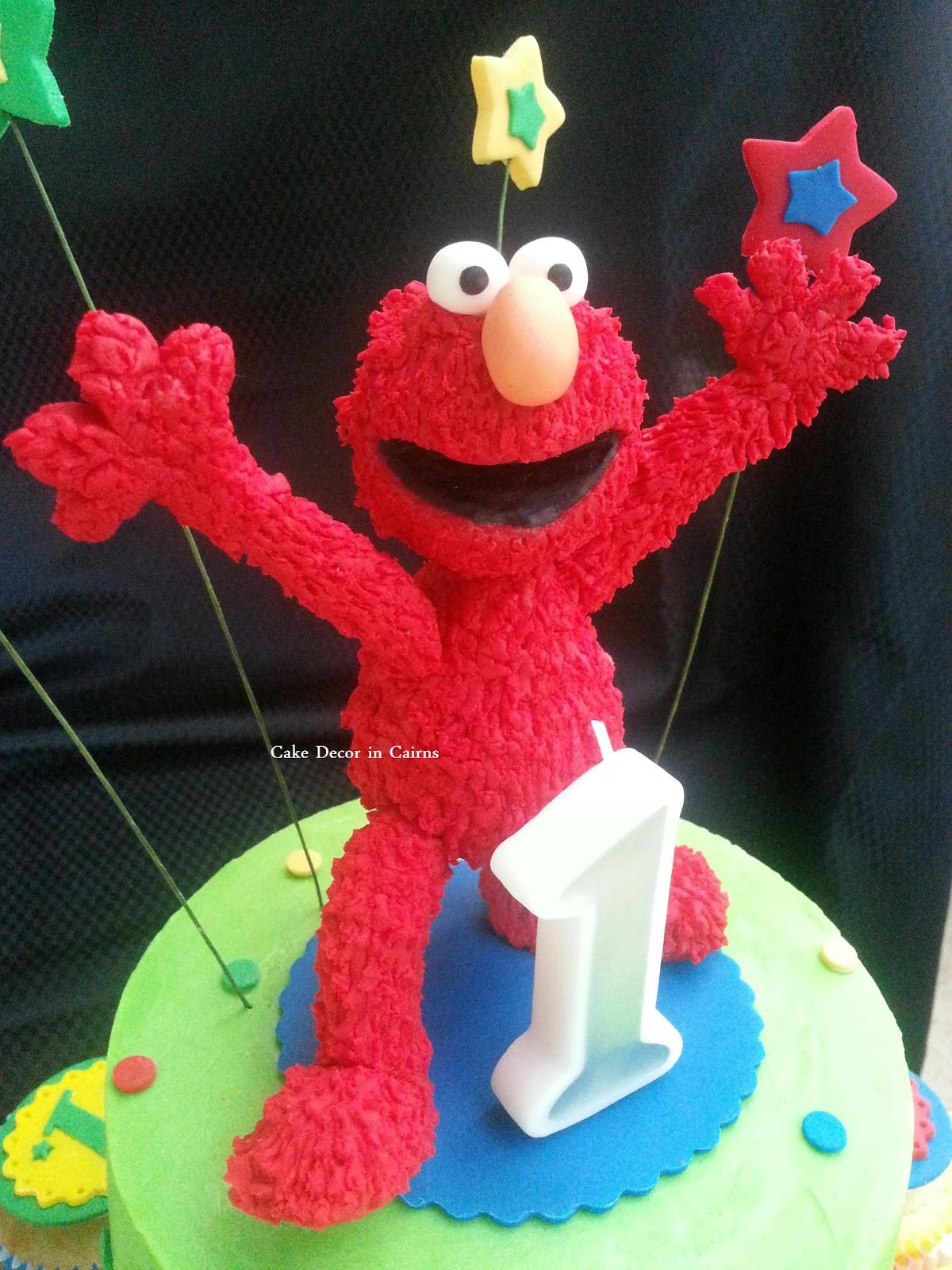 How To Make A Fondant Elmo Cake Topper