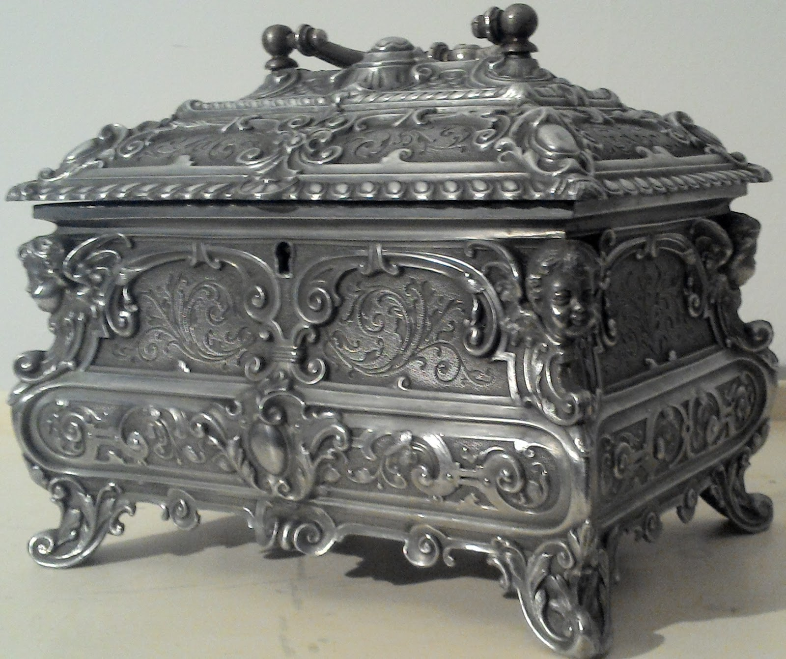 merveilleuse ancienne boite a bijoux poque empire ouvrag e poque empire. Black Bedroom Furniture Sets. Home Design Ideas