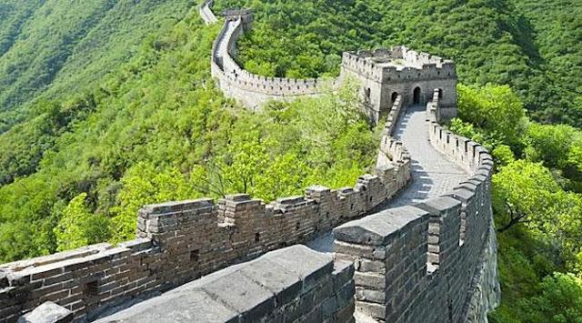 foto tembok besar china