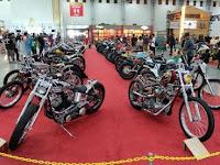 Perbedaan Motor Moge Jenis Cafe Racer, Bobber, Chopper dan Scrambler