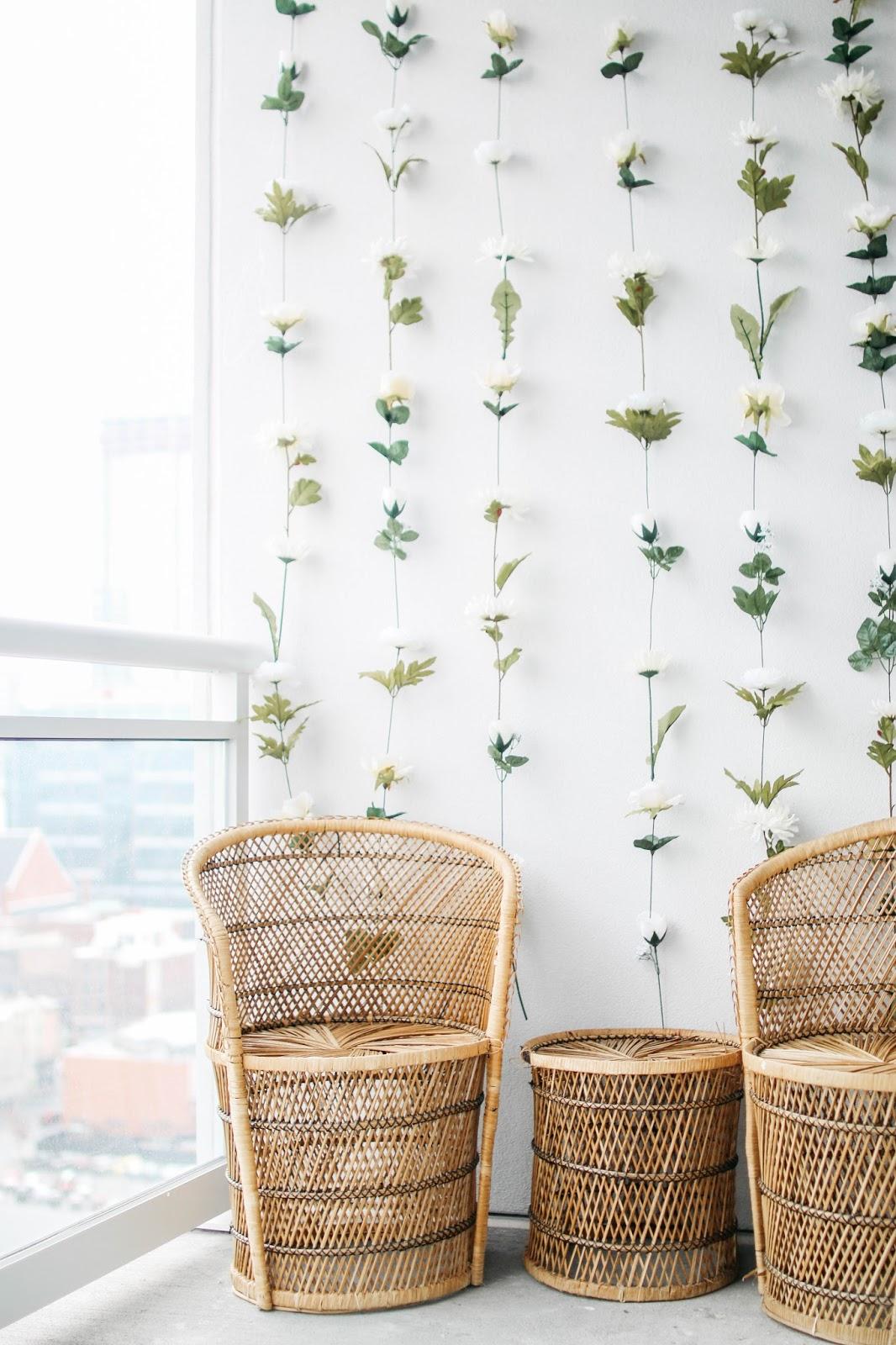 Diy Wall Flowers: DIY Instagram Flower Wall