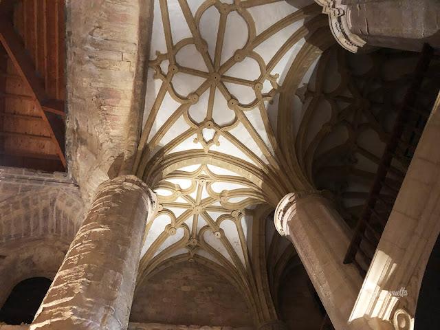 Iglesia abacial interior