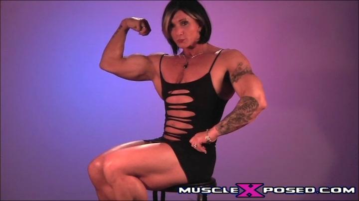 Canadian Muscle Goddess & Female Bodybuilder Janeen Lankowski