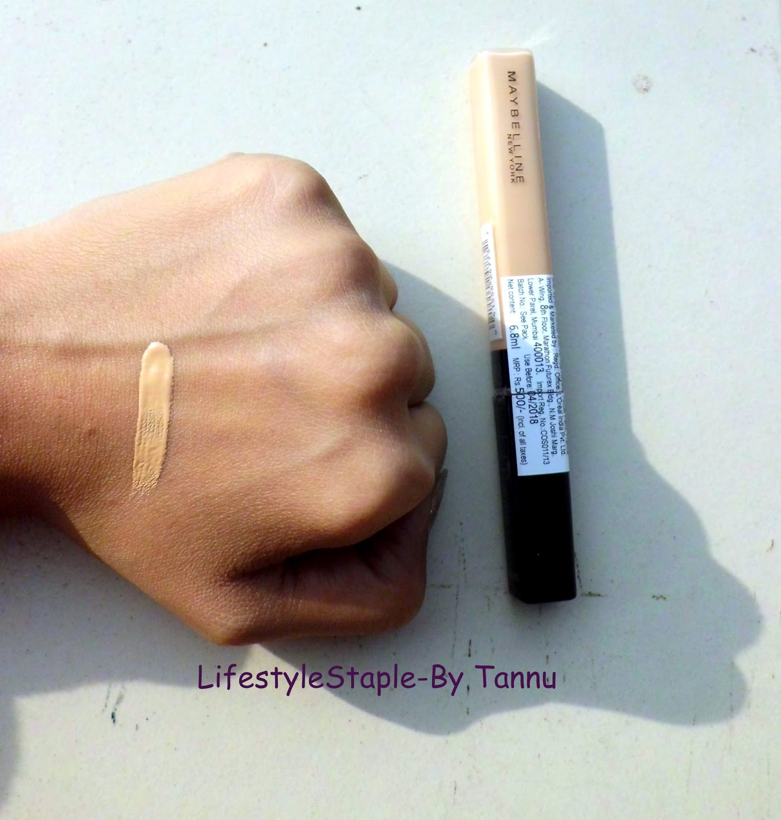 Maybelline Fit Me Concealer 20 Sand Price Swatch Review I Have A Bit Of Dark Circles Issue And This Bomb Product Covers Them Pretty Well As Is Light Weight That Does Not Cake At All
